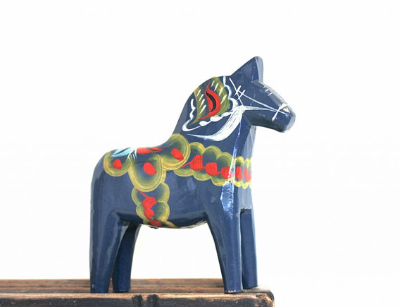 Dala-Horse-by-Nils-Olsson-013a