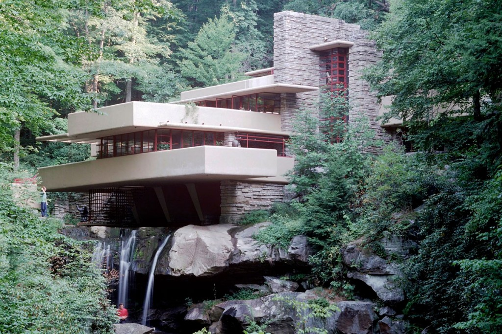 Fallingwater by Frank Lloyd Wright 005