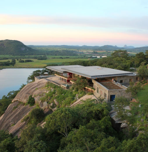 Gota Dam Residence by Studio Seilern Architects 015
