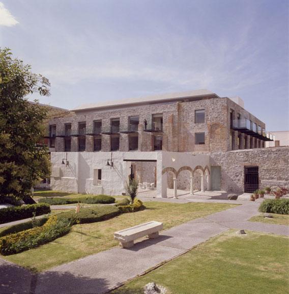 La-Purificadora-Hotel-Puebla-Legorreta