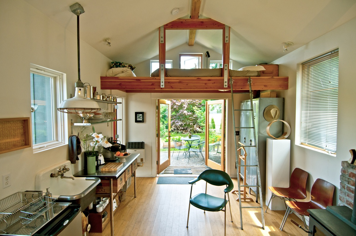 mini house convertion from garage by michelle de la vega. Black Bedroom Furniture Sets. Home Design Ideas