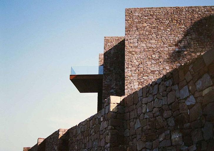 Paz y Comedias House / Ramon Esteve Estudio de Arquitectura
