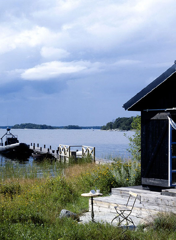 Swedish-Summer-Cabin-Carouschka-Streijiffert-006