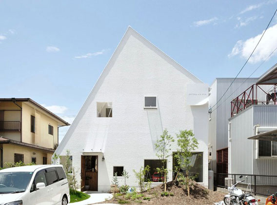 White-Mountain-House-Japan-by-Studio-Velocity-Achitects-013