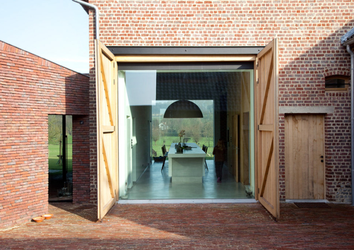 House DM (Rabbit Hole) / Lens°Ass architecten