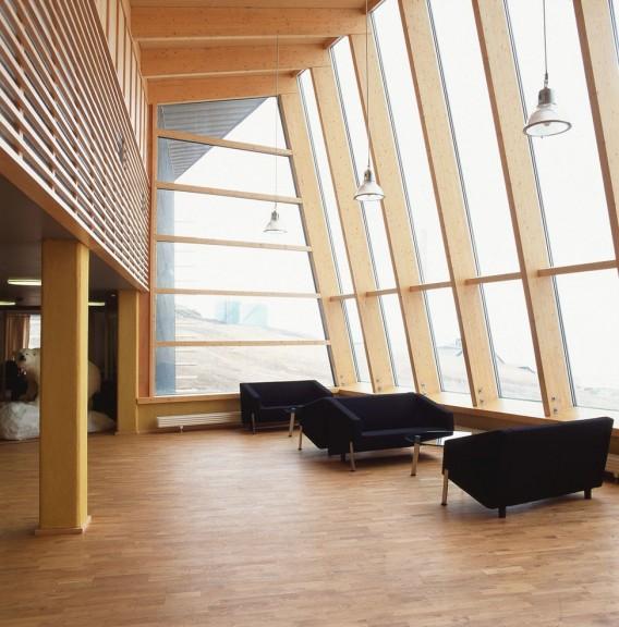 Administration Building Svalbard by Jarmund Vigsnæs
