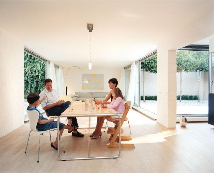 Brunner Architekten atrium house in munich by harlaching max brunner architekt 014 ideasgn