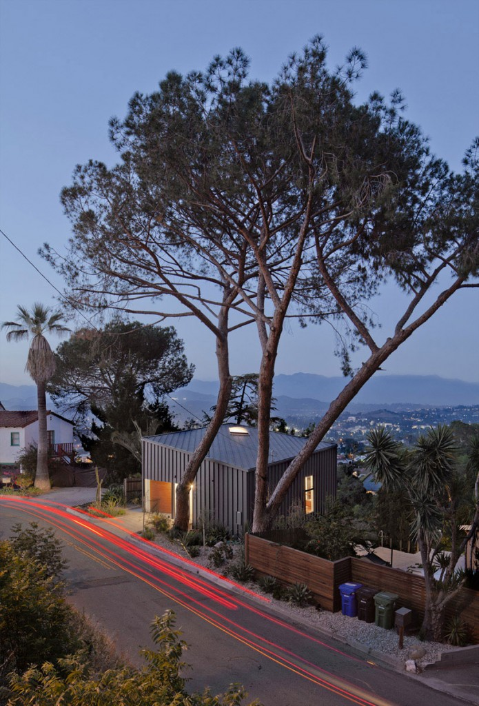 BIG & small House Los Angeles by Anonymous Architects 010
