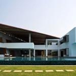 Cliff House in Kerala by Khosla Associates 001