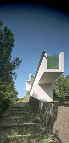 Colin's House by Archikubik 007