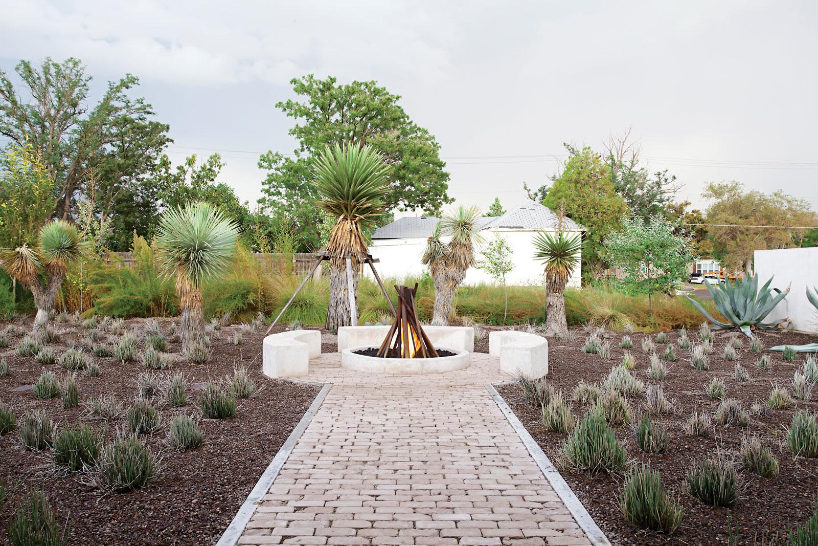 Architects barbara hill design location marfa texas usa photographs misty keasler for dwell