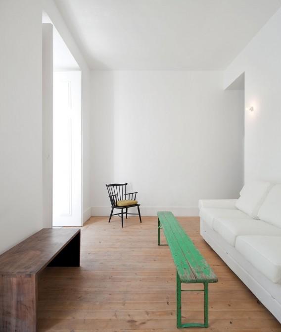 Fanqueiros Baixa House by José Adrião Arquitecto 006