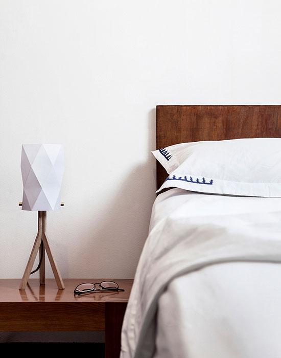 Folded Lamp by Ariel Zuckerman 008
