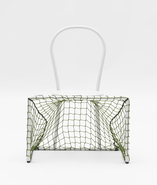 Lazy football by Emanuele Magini for Campeggi 004
