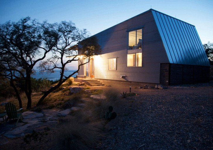 Mod Cott in the Lake / Mell Lawrence Architects