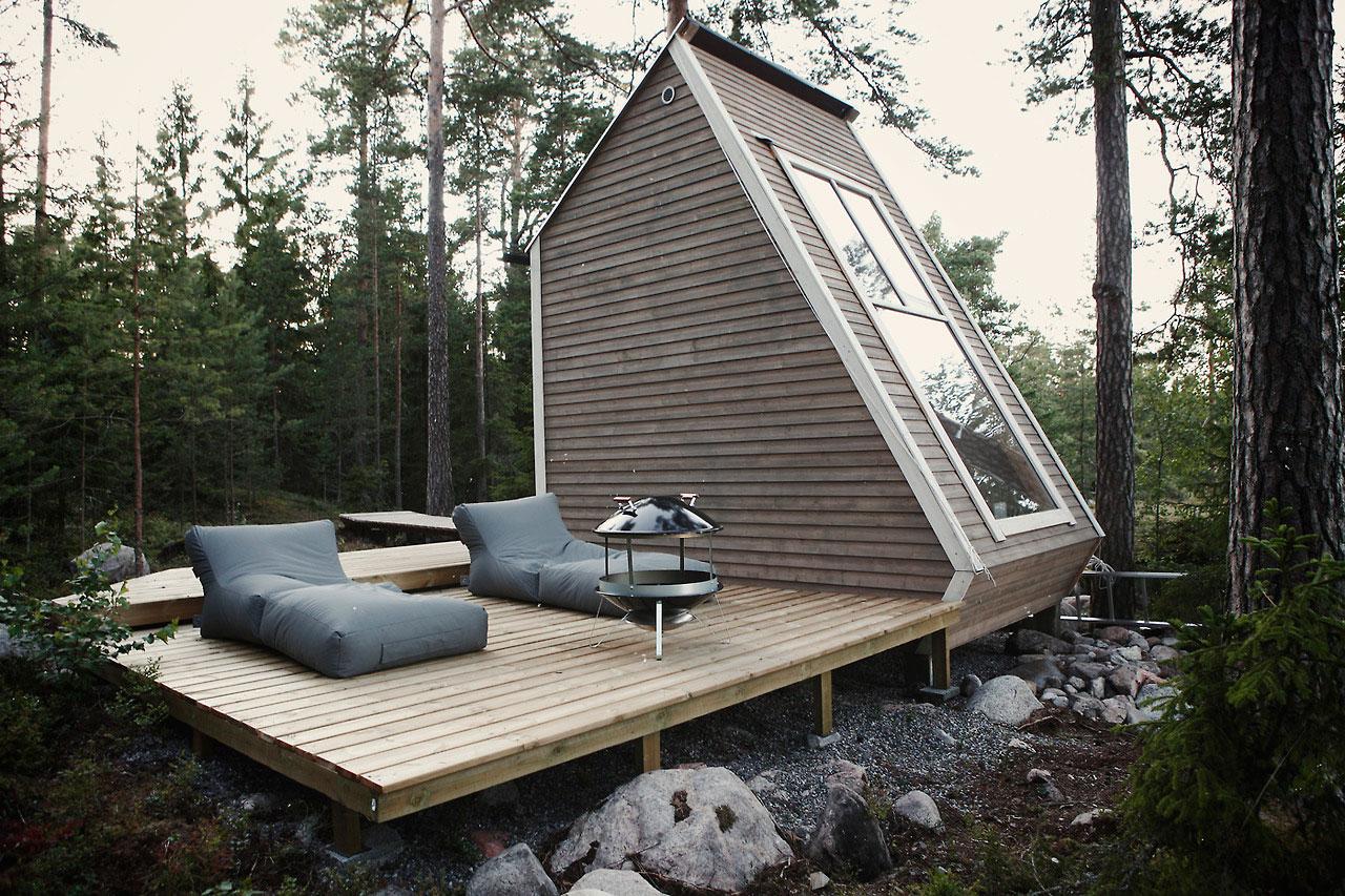 Nido-Micro-Cabin-Finland-by-Robin-Falck-002.jpg