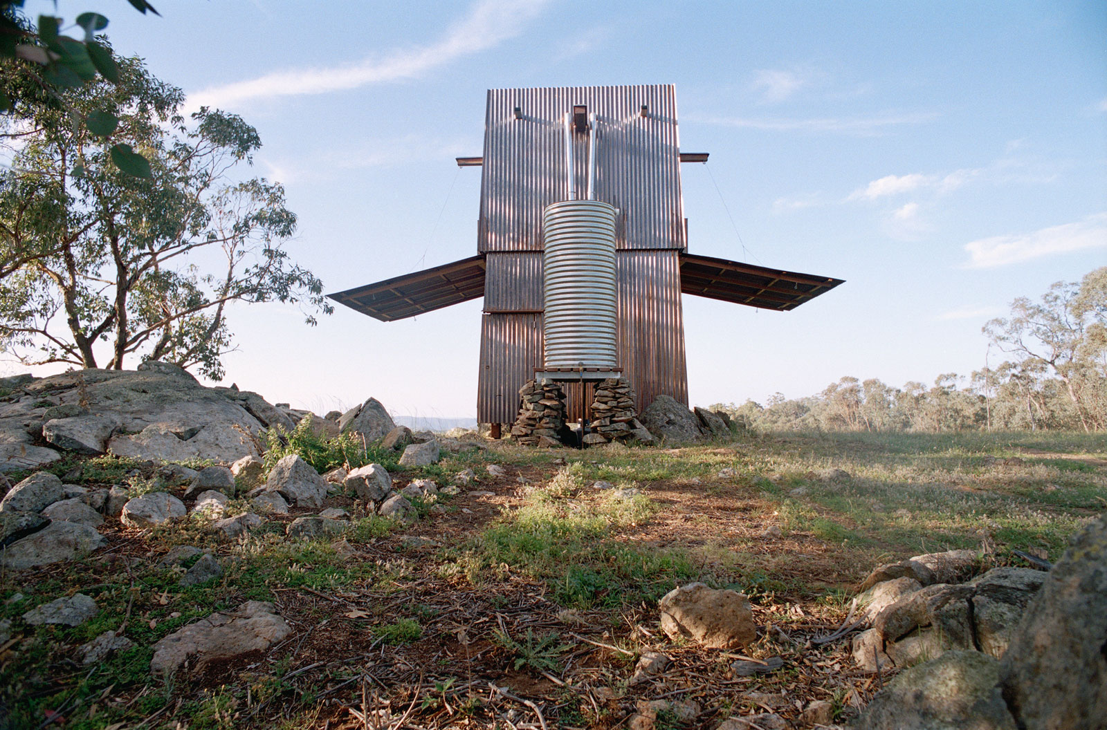 Permanent camping casey brown architecture ideasgn for Building site house