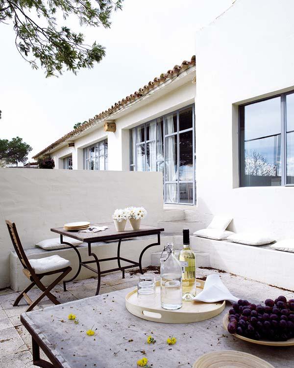 Beautiful mediterranean house in costa brava ideasgn for Beautiful mediterranean homes