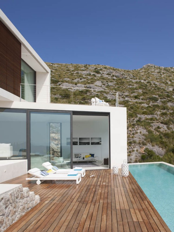 Casa 115 Spain by Miquel Angel Lacomba at IDEASGN 2