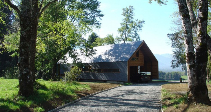 Casa Dos Robles / Aguilo & Pedraza Arquitectos