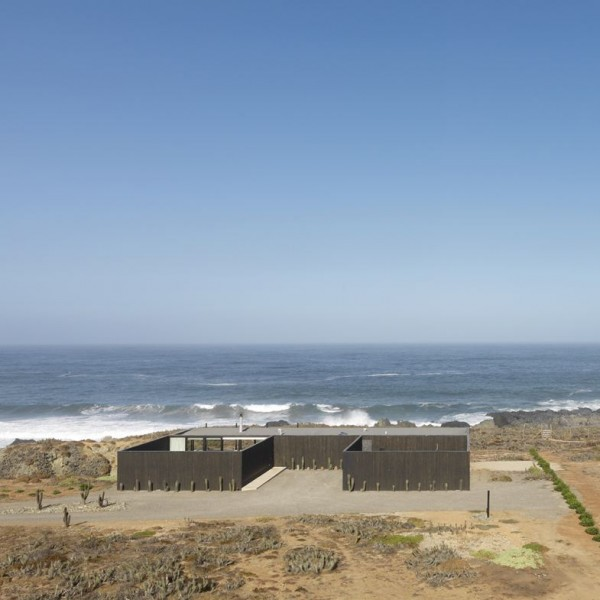 Casa W Chile Seaside House by 01Arq at IDEASGN 13