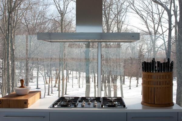 Clearhouse New York Lakeside House Kitchen idea+sgn by Stuart Parr Design