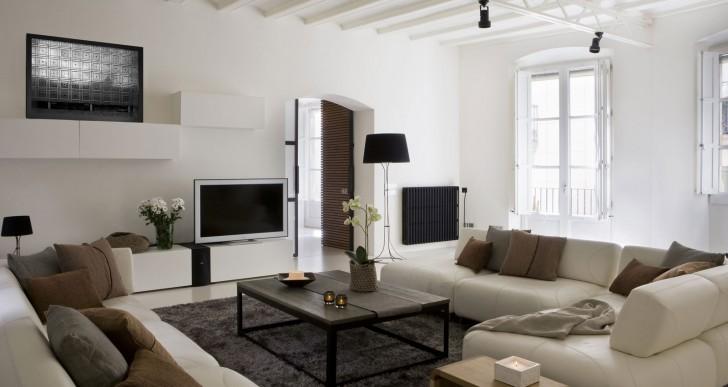 Contemporary Apartment in the Gothic Quarter / YLAB Arquitectos