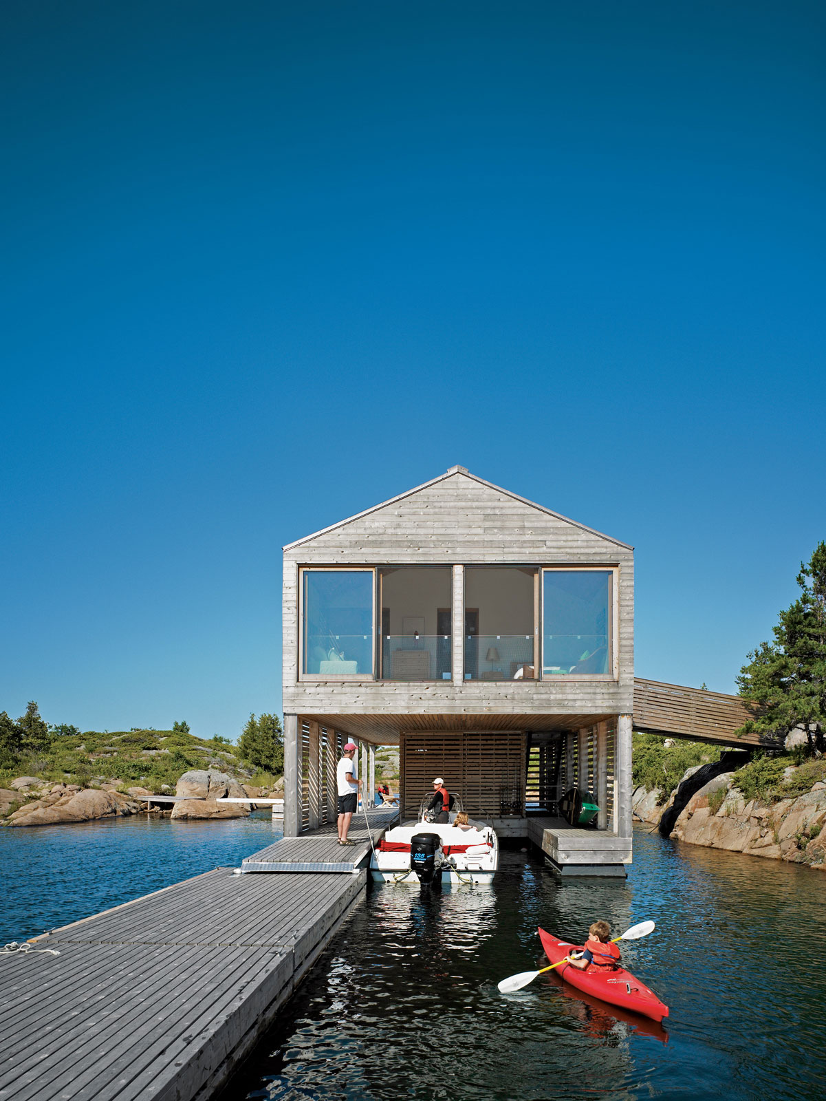 Floating house in lake huron mos architects ideasgn for Building a floating home