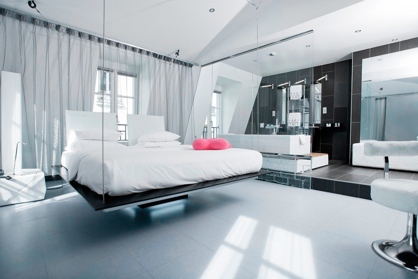 Kube hotel murano hotels resorts ideasgn for Hotel contemporain paris