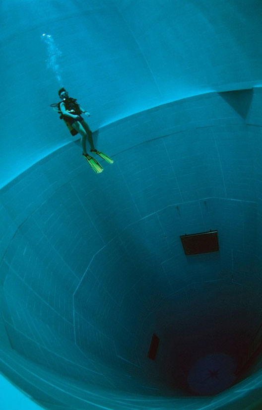Nemo 33  - The Deepest Indoor Diving Pool in the World idea+sgn 7