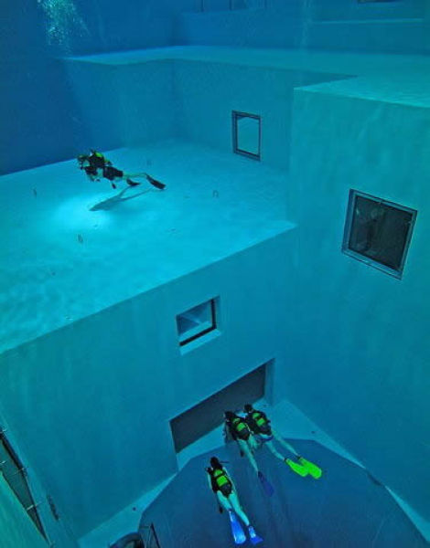 Nemo 33  - The Deepest Indoor Diving Pool in the World idea+sgn 8