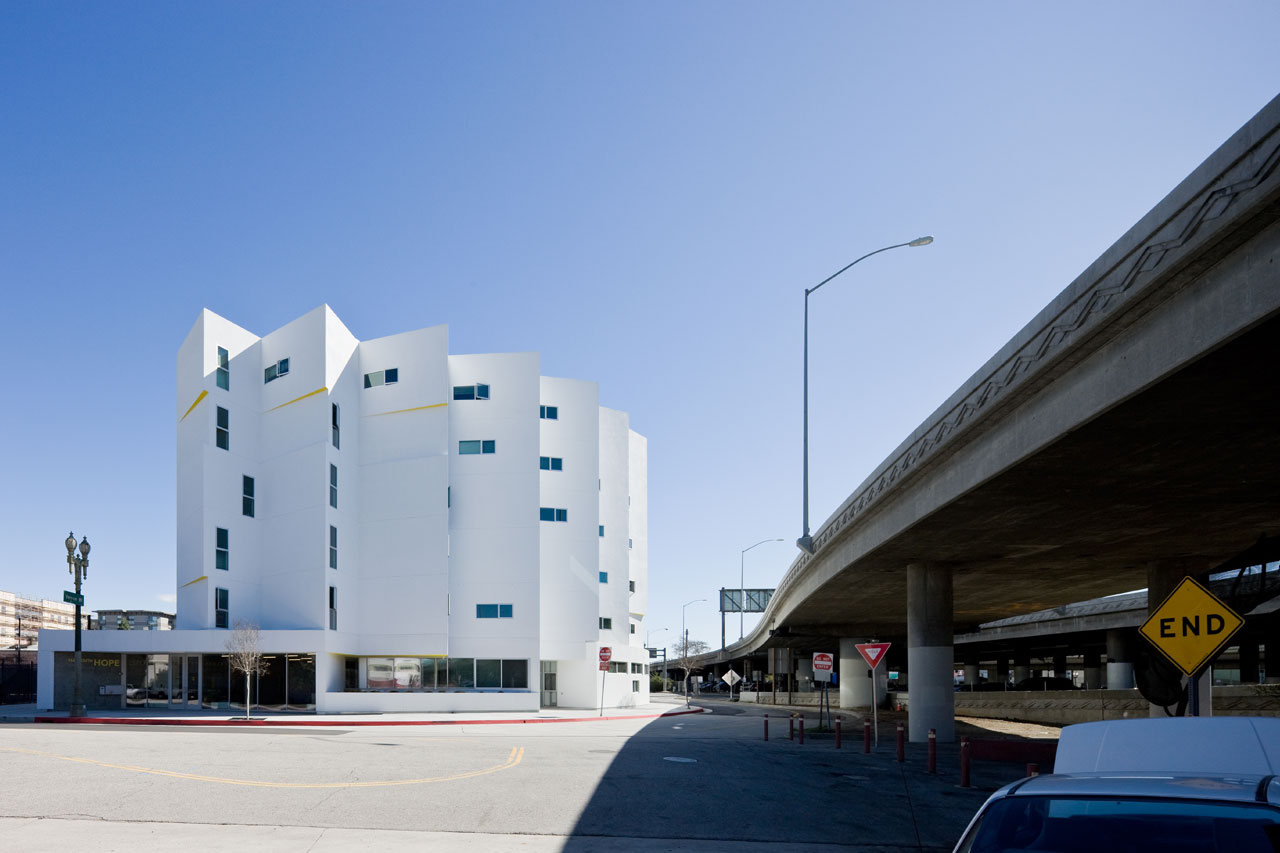 New carver apartments michael maltzan architecture ideasgn - Maison car park los angeles anonymous architects ...