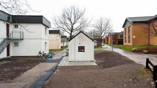 Smallest House by AF Bostader