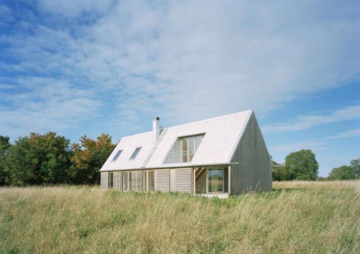Summerhouse in Stora Gasmora / LLP Arkitektkontor