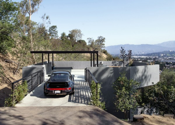 ideasgn Car Park House by Anonymous Architects 2