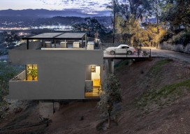 Car Park House / Anonymous Architects
