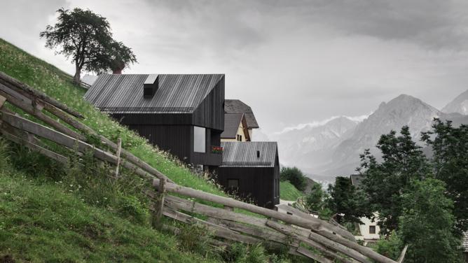 Residence Pliscia 13 in Enneberg by Pedevilla Architekten