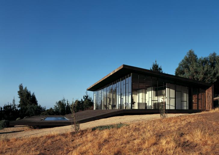 Deck House Chile by Assadi + Pulido