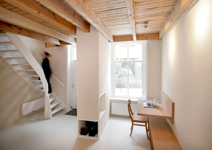 Pied-à-terre in Leiden by Unknown Architects
