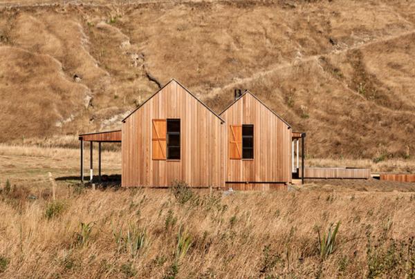 Scrubby Bay Farmhouse by Patterson Associates