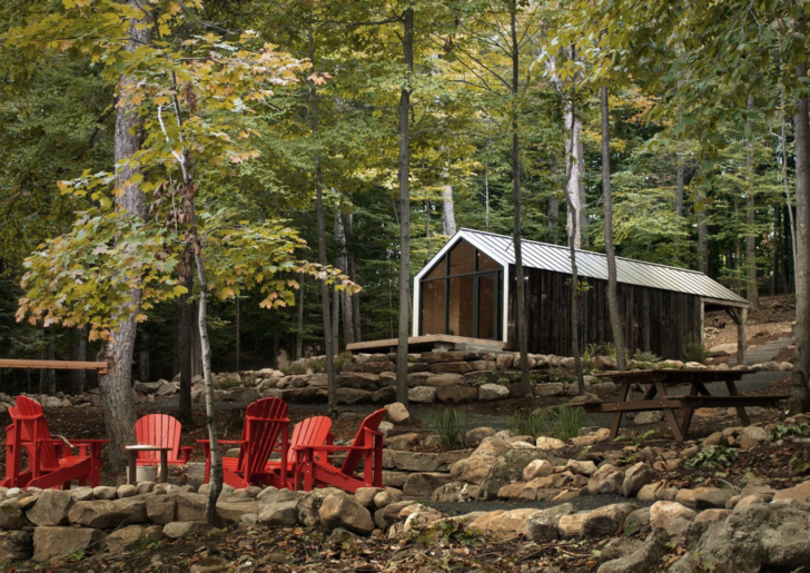 Bigwin Island Bunkie by BLDG Workshop + 608 Design