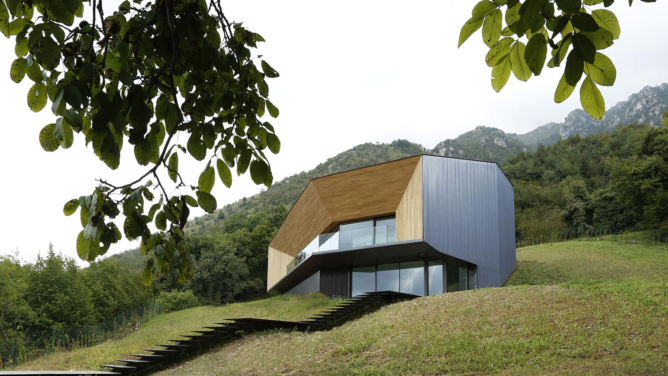 Alps Villa by Camillo Botticini Architect