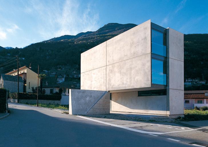 Casa Grossi-Giordano by Guidotti Architetti