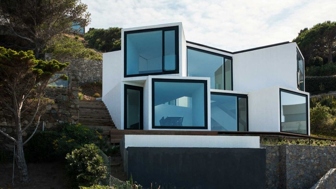Oport1 House by Cadaval & Sola-Morales