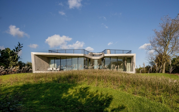 The W.I.N.D. House in North-Holland by UNStudio