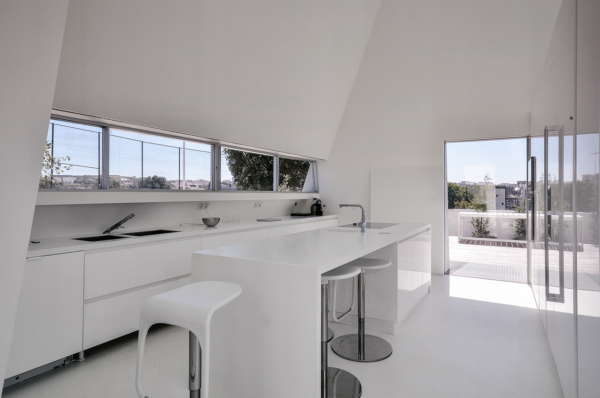 Concrete House in Alcoutins by Guedes Cruz Architects
