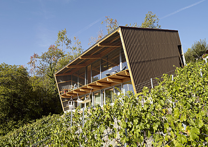 Slope House Masserey by Berclaz-Torrent Architectes