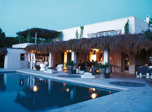 Summer House ideas Consuelo Castiglioni Adobe Retreat 5