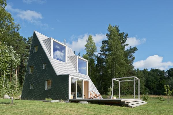 Triangular Summerhouse by Leo Qvarsebo 2