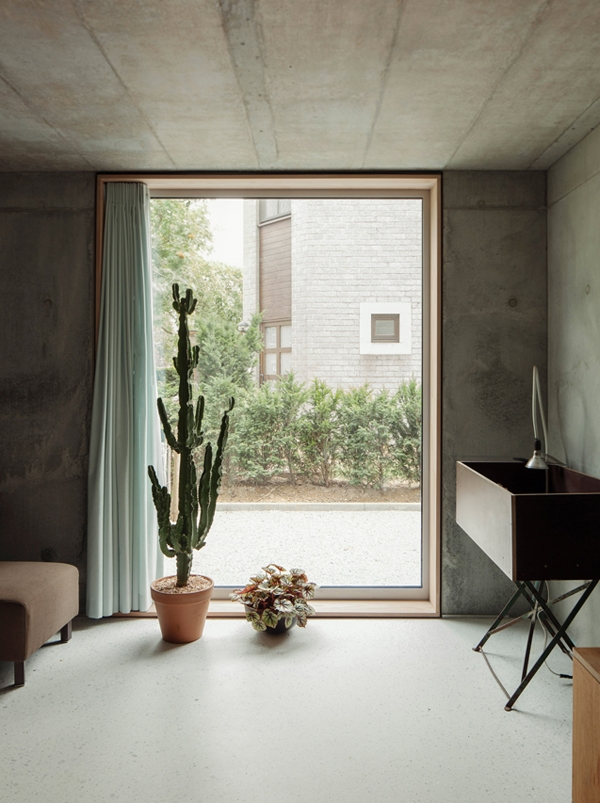 Concrete House ideas TDH by i.s.m.architecten  7